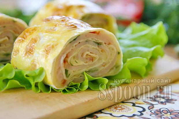 Рулет из лаваша с сыром и зеленью в духовке