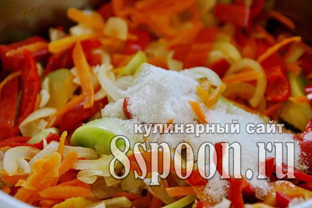 Салат из зеленых помидор на зиму «Краски осени»_5