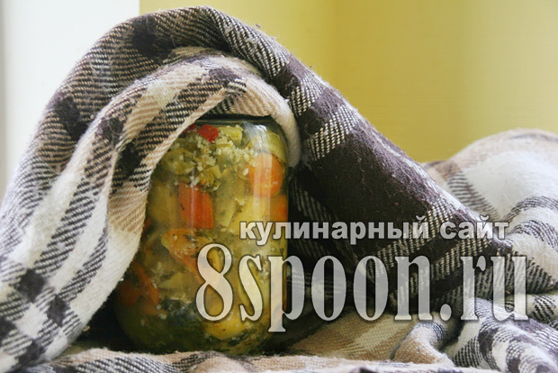 Салат из зеленых помидор на зиму «Вкуснота»_11