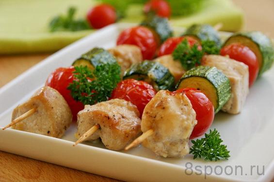 куриные шашлычки с помидорами и кабачками в духовке фото 7