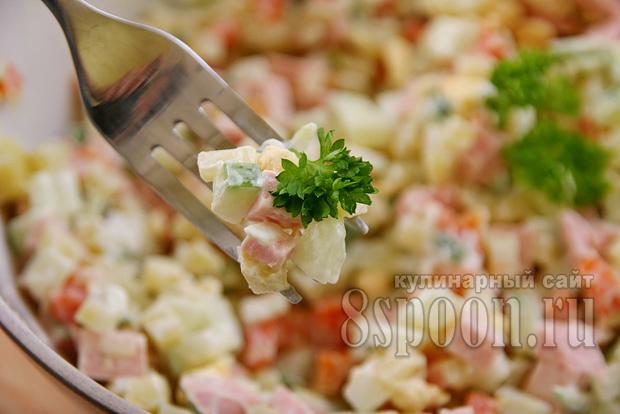 салат оливье со свежим огурцом фото 14