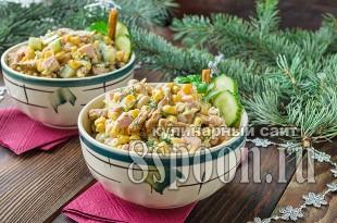 салат с консервированной фасолью и сухариками