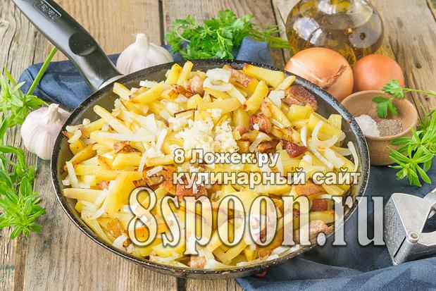 Жареная картошка с мясом на сковороде фото_03