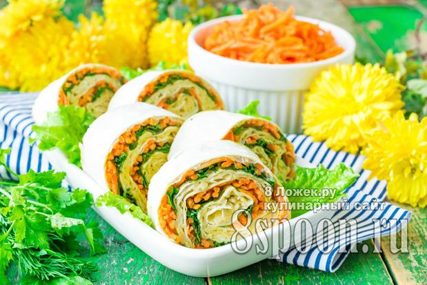 Рулет из лаваша с сыром и корейской морковкой фото 1