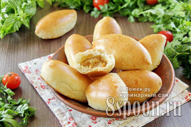 Пирожки с капустой из дрожжевого теста в духовке фото