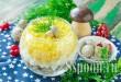 """Салат с курицей и грибами и сыром """"Застольный"""" фото"""