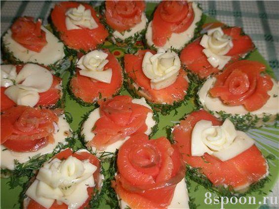Бутерброды с семгой и сыром Праздничные розы