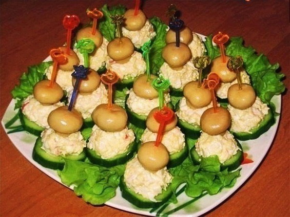 Завтра я приготовлю ужин