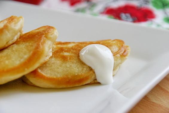 оладьи на кислом молоке с яблоками фото 8