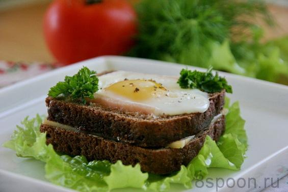 Яичница в хлебе фото