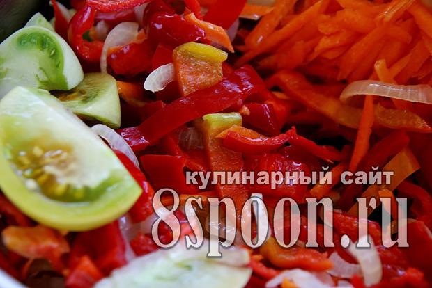 Салат из зеленых помидор на зиму «Краски осени»_4
