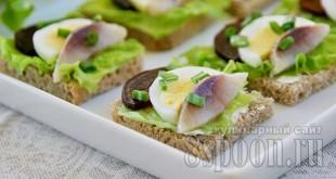 Бутерброды с селедкой фото 8