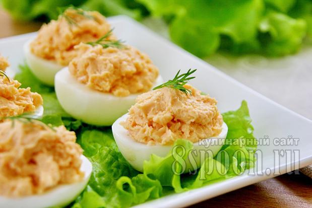 яйца с паштетом из красной рыбы фото 16