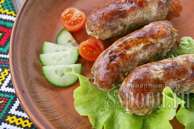 Домашние колбаски в кишке: рецепт на мясорубке