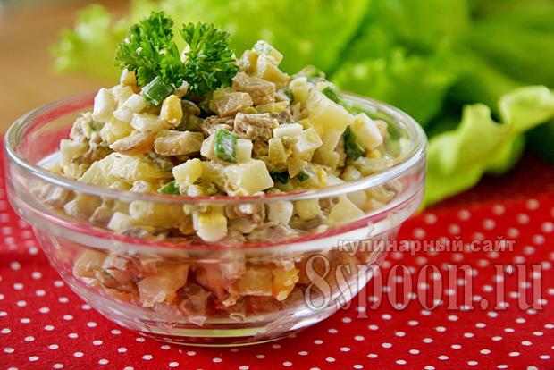 фото классический мясной салат с
