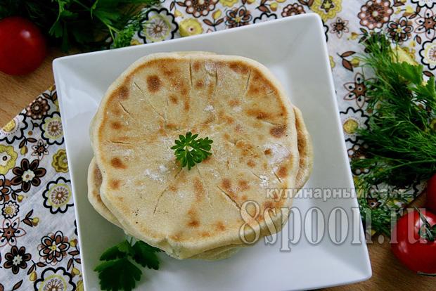 Хачапури с сыром на кефире на сковородке
