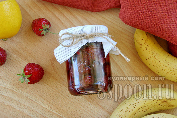 клубничное варенье с бананом фото 8