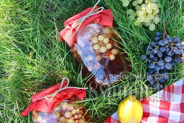 Компот из винограда с лимоном фото 8