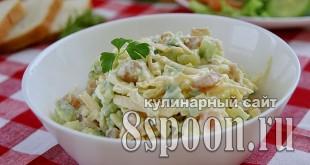 Салат с копченой курицей и огурцом _6