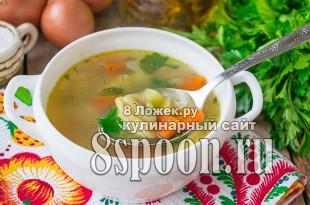 Суп с пельменями  фото